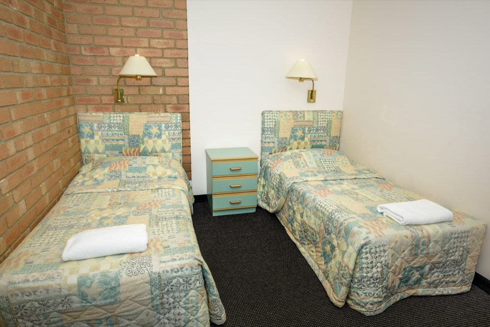 room-2-bedroom-family-suite-3